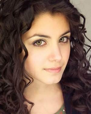 Priscila Paes