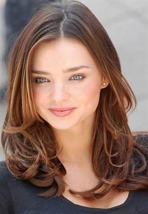 Kelli Taylor