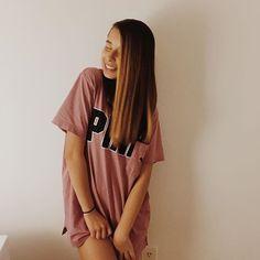 TheyLoveArii (Ariana Renee)