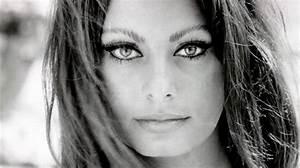 Claudia Pitt
