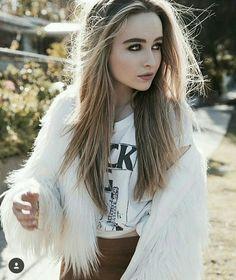 Sabrina Carpenter