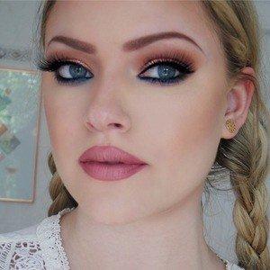 Makeup by Myrna
