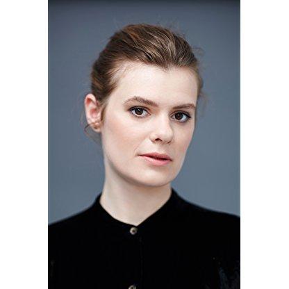 Anna Maguire